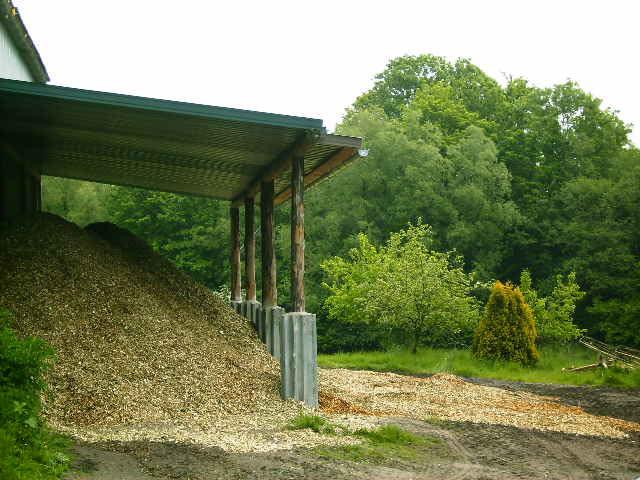 Holzheizung-Hof-Hohlegruft