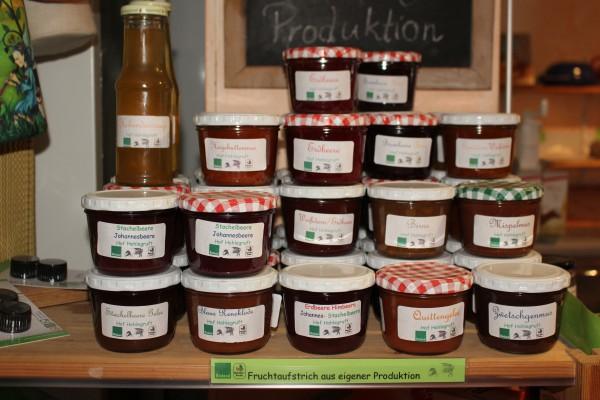Hofeigene Produkte: Fruchtaufstrich Hofladen Hohlegruft