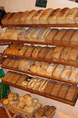 Brot und Brötchen aus eigener Fertigung